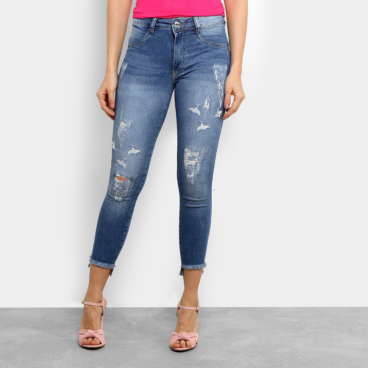 Calça Jeans Skinny Biotipo Cigarrete Bordado Cintura Média Feminina - Jeans  - Compre Agora  fe24656c293