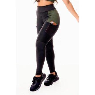 Calça Legging Feminina Fitness Academia Preta com Detalhe em Tela Dry Fit e Verde Militar Cintura Al
