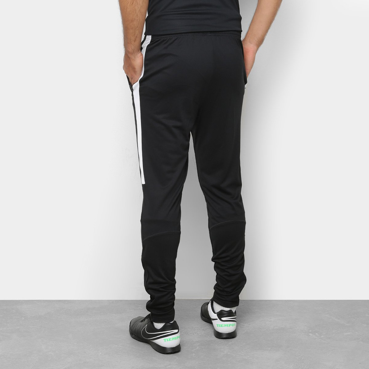 Calça Nike Dri-Fit Academy Masculina - Preto e Branco - Compre Agora ... b8ad7ab7d67d3