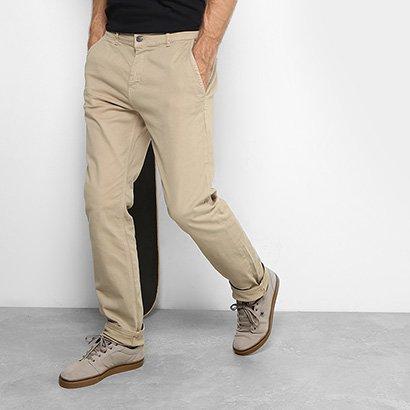 A Calça Sarja DC Shoes Walk Chino Masculina é a aposta certa para o seu  estilo 6f191e3de81