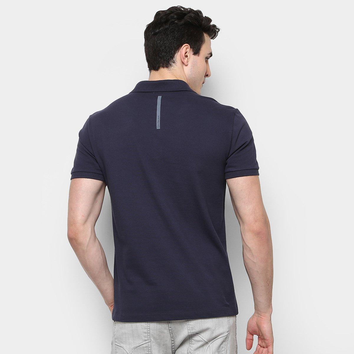 a0bc91b364c09 Camisa Polo Calvin Klein Piquet Etiqueta Patch Masculina - Compre ...  faeb04cdc9ca77  Camiseta Calvin Klein Amassada Estampada - Compre Agora  Netshoes ...