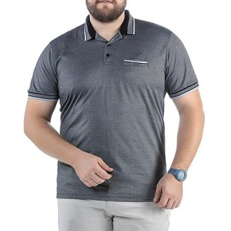 Camisa Polo em Retilínea Masculina Plus com Bolso e Plaquinha Preta