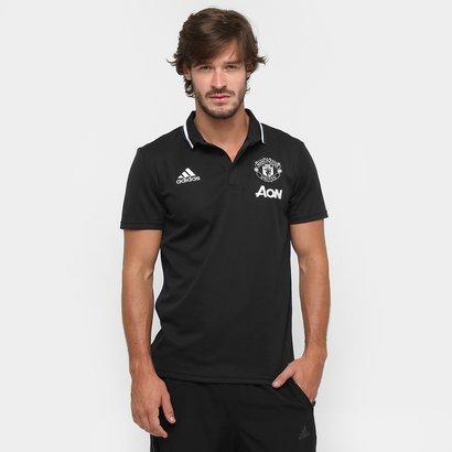 A Camisa Polo Manchester United Adidas Viagem Masculina fecha o visual dos  boleiros e torcedores dos df46f3ae3a459