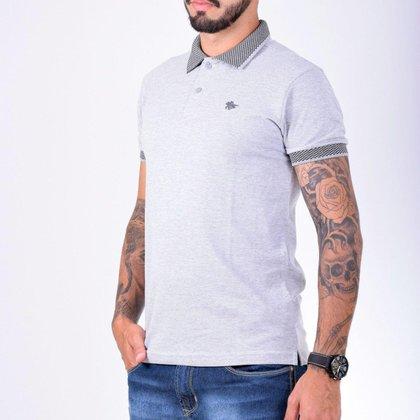Camisa Polo RG518 com Gola Xadrez e Logo em Metal