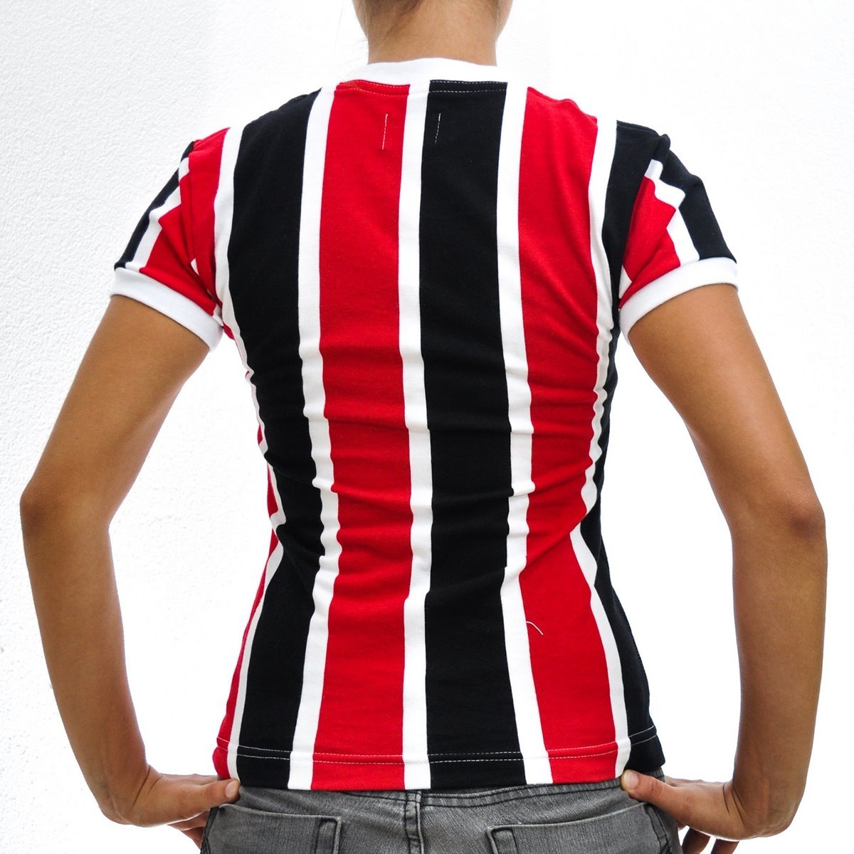 Santa e PE Camisa Feminina Vermelho Retrô Preto Cruz 1983 Mania wZtUFtx