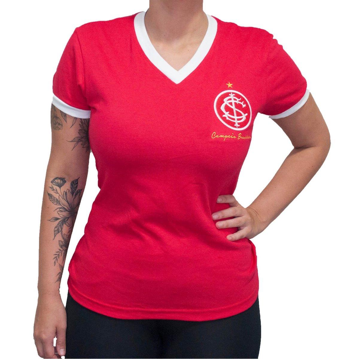 6cbf472337 Vermelho Retrô Camisa Retrô Camisa Internacional 1975 Mania Feminina  g00qEwZ6a ...