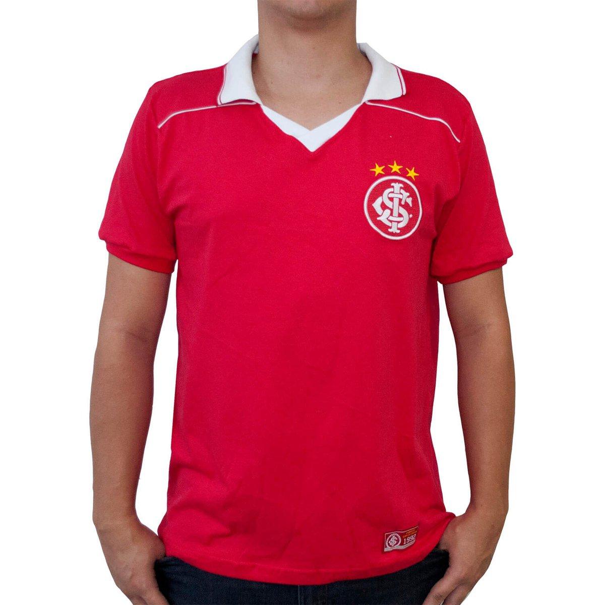 1460d82d6a2 Camisa Retrô Mania Internacional 1992 Masculina - Vermelho - Compre Agora