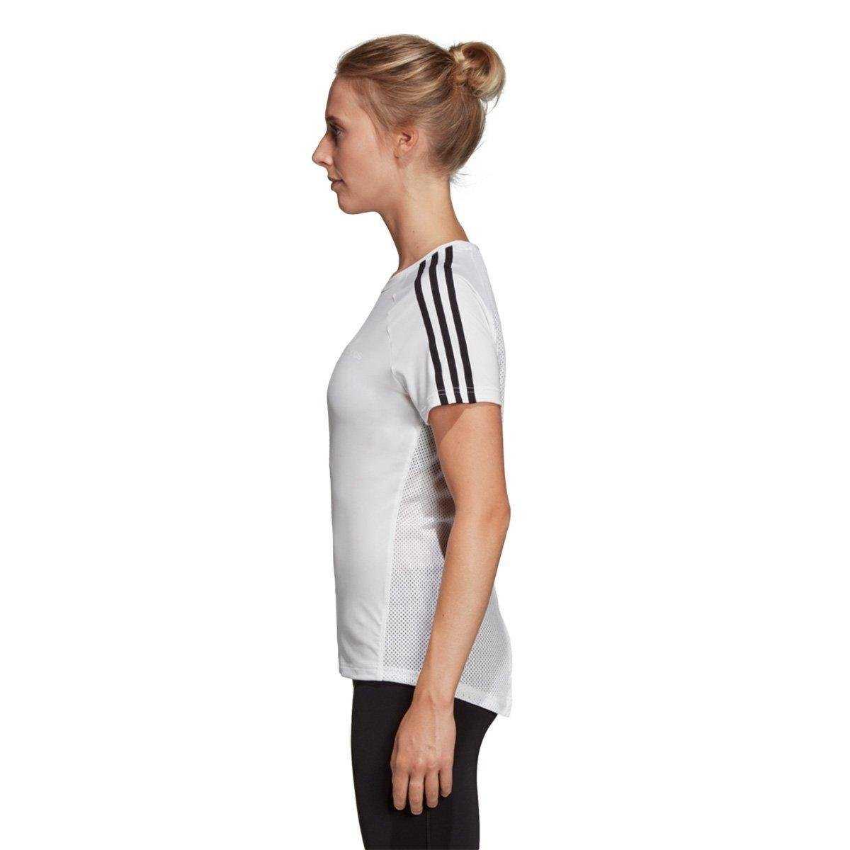 a3283e2b9f Camiseta Adidas Design 2 Move 3 Stripes Feminina - Branco e Preto ...