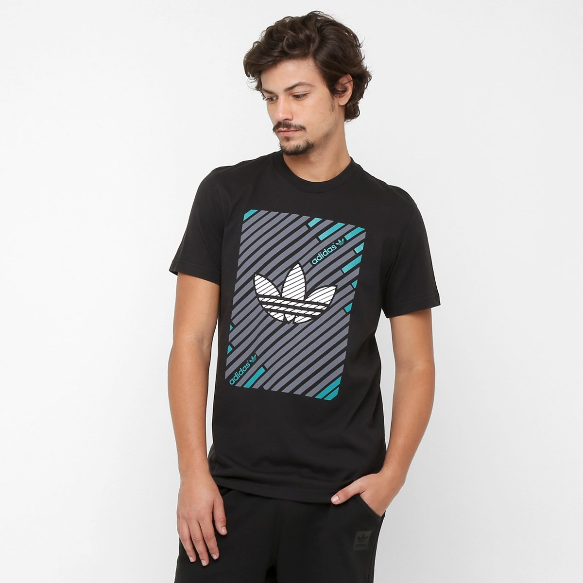 d14630d8d26 Camiseta Adidas Originals Stripes Trefoil - Compre Agora