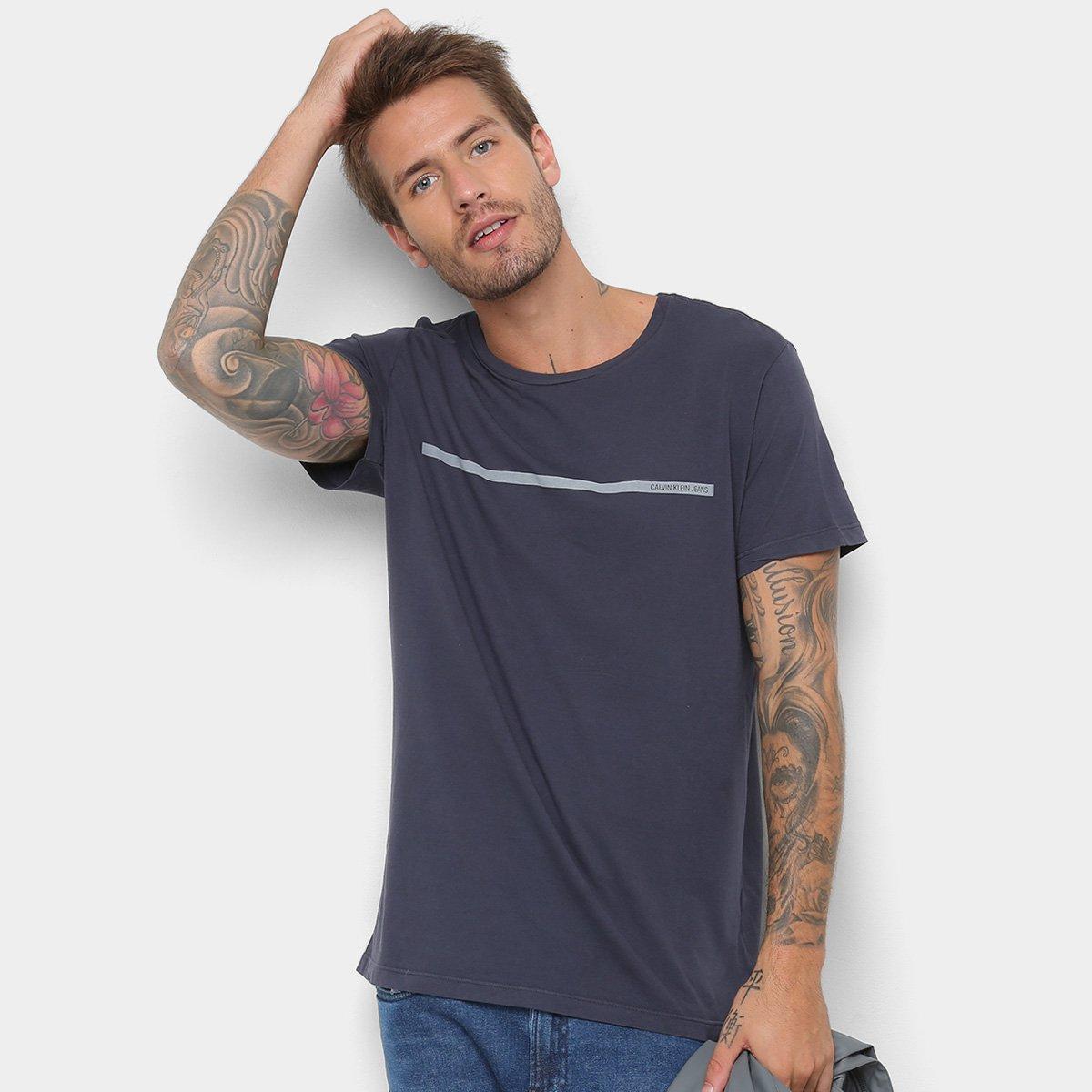 fd425d80cc73f Camiseta Calvin Klein Estampa Básica Masculina - Cinza - Compre Agora