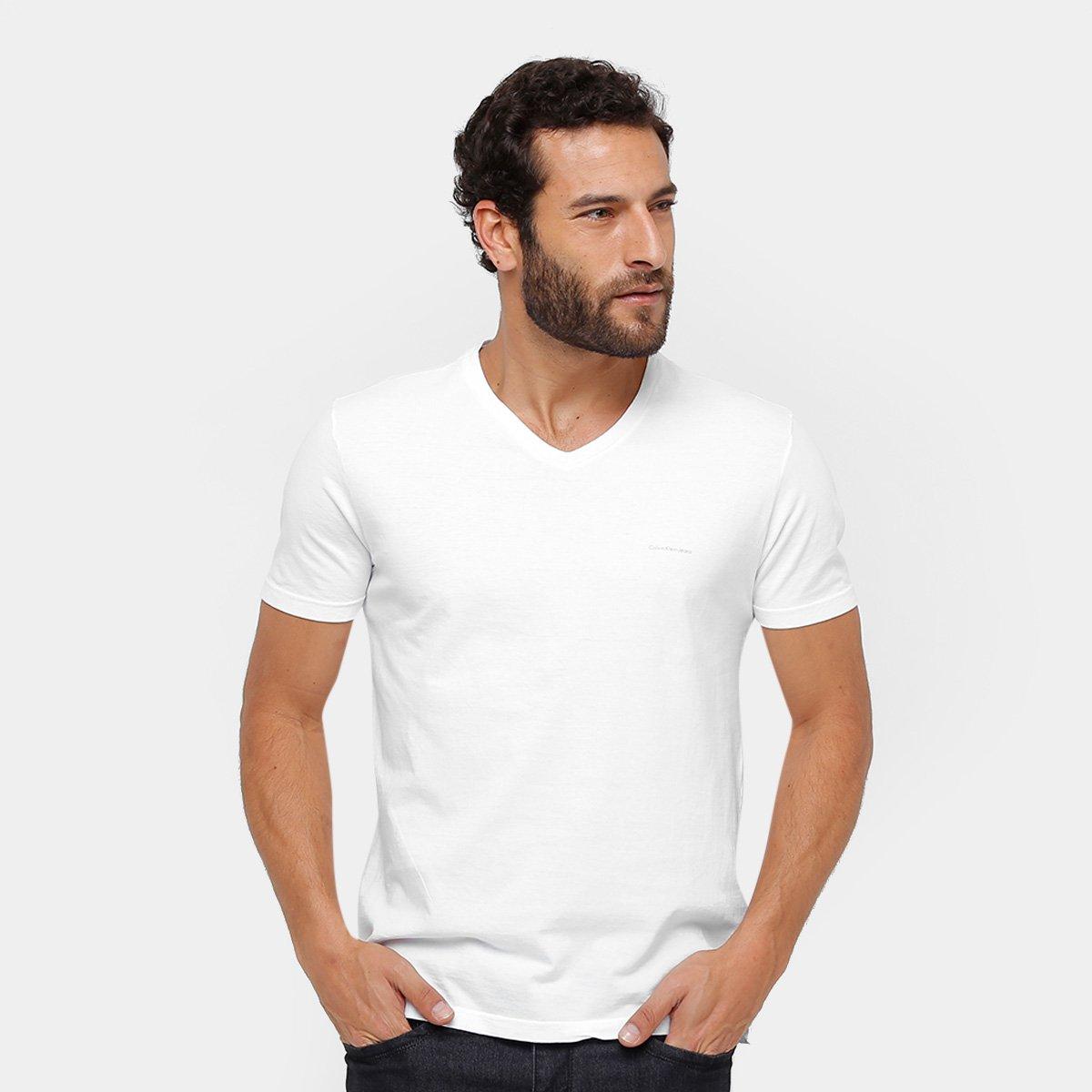 a2d235df46e11 Camiseta Calvin Klein Gola V Básica Masculina - Compre Agora
