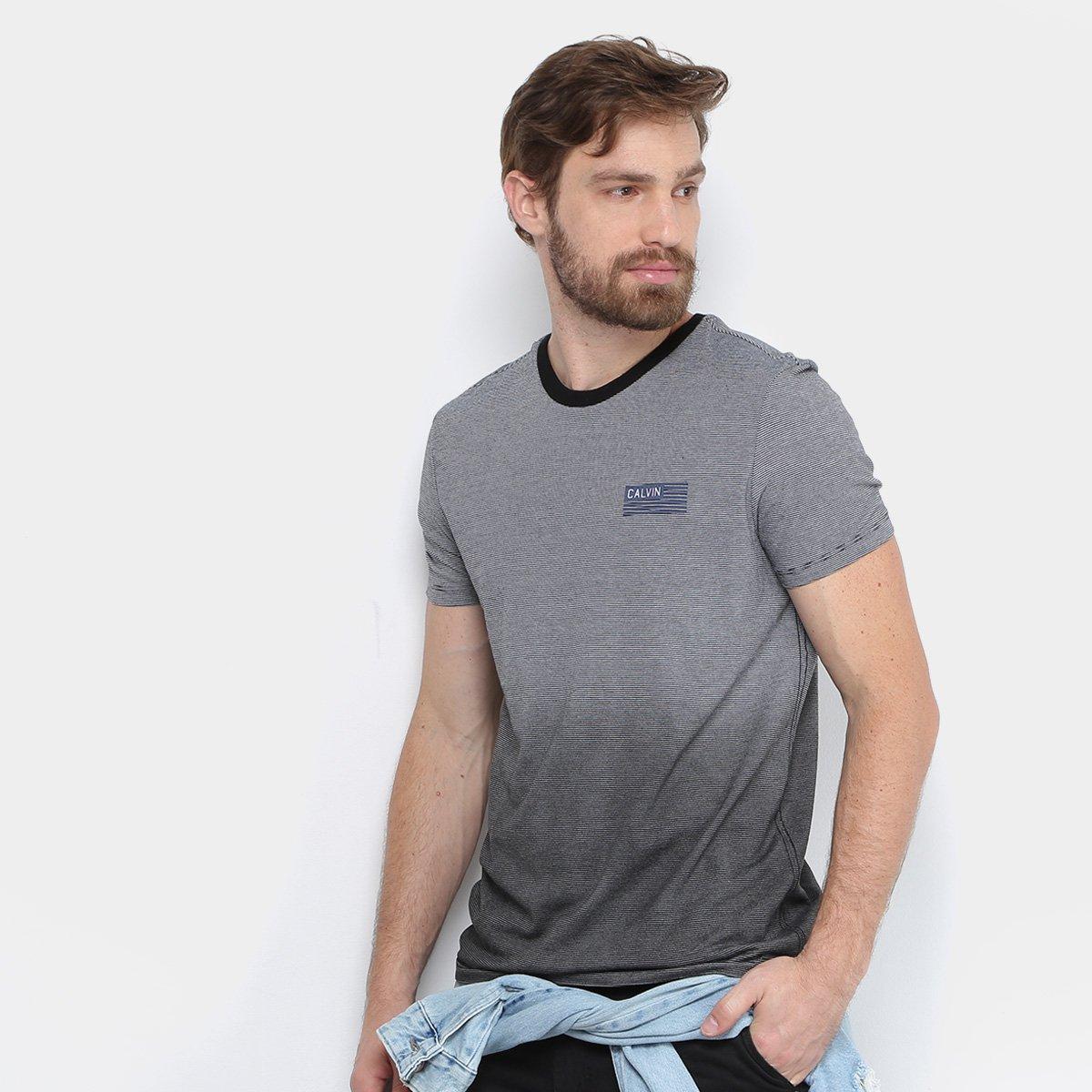 b32f476571d9f Camiseta Calvin Klein Listras Degradê Masculina - Compre Agora ...