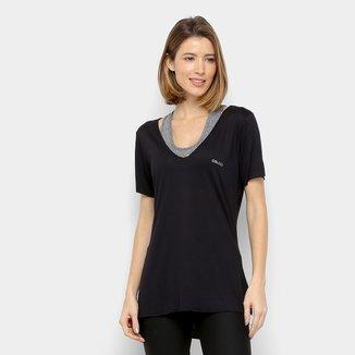 Camiseta Colcci Fitness Barra longa Feminina