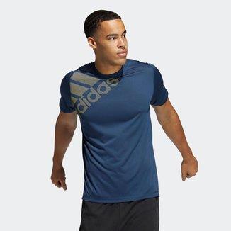 Camiseta Estampada FreeLift Badge of Sport Adidas