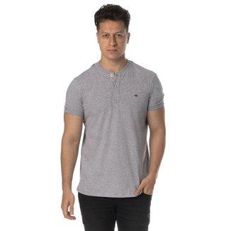 Camiseta henley cinza regular fit
