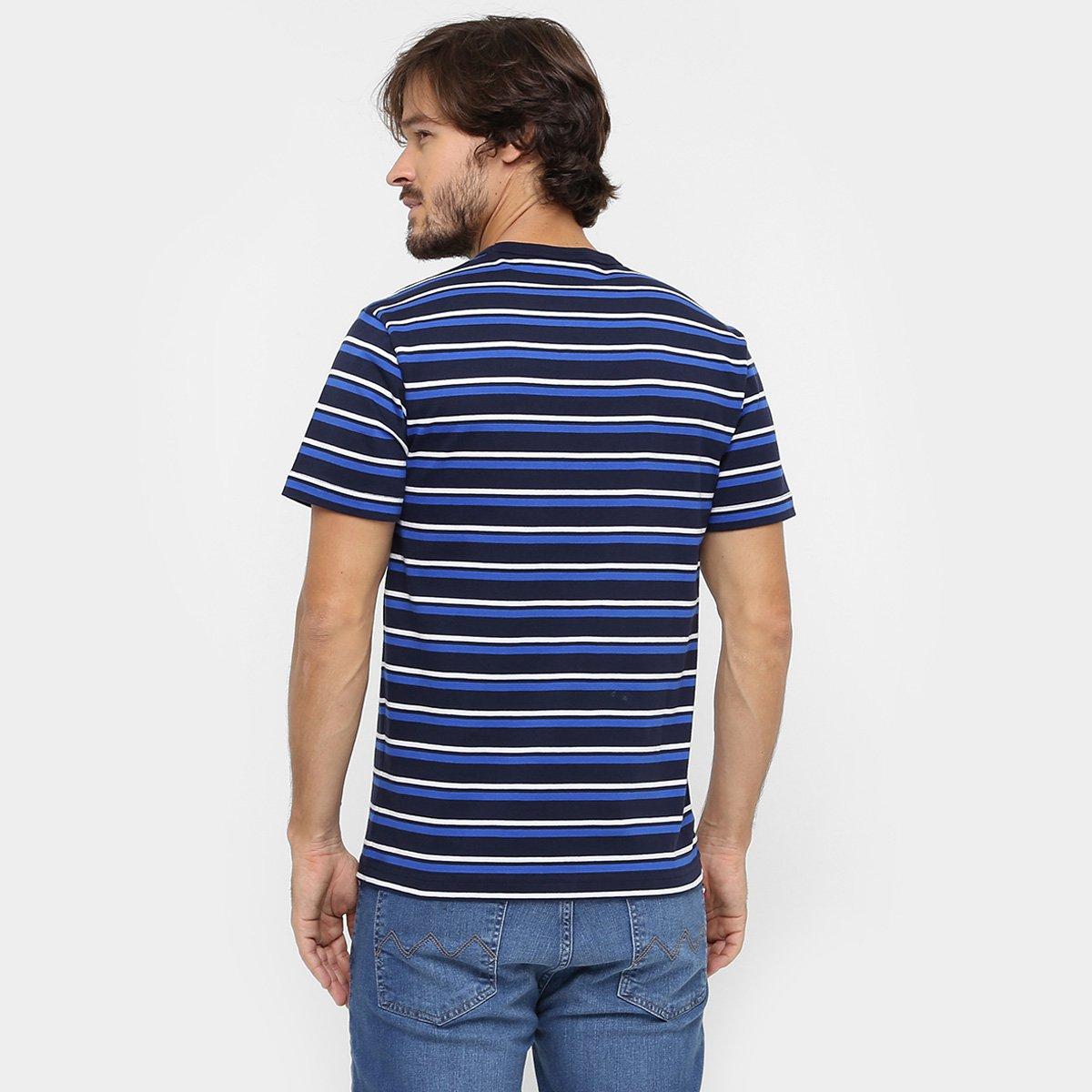 8cc5e42073f67 Camiseta Lacoste Gola Careca Listras Regular Fit - Compre Agora ...
