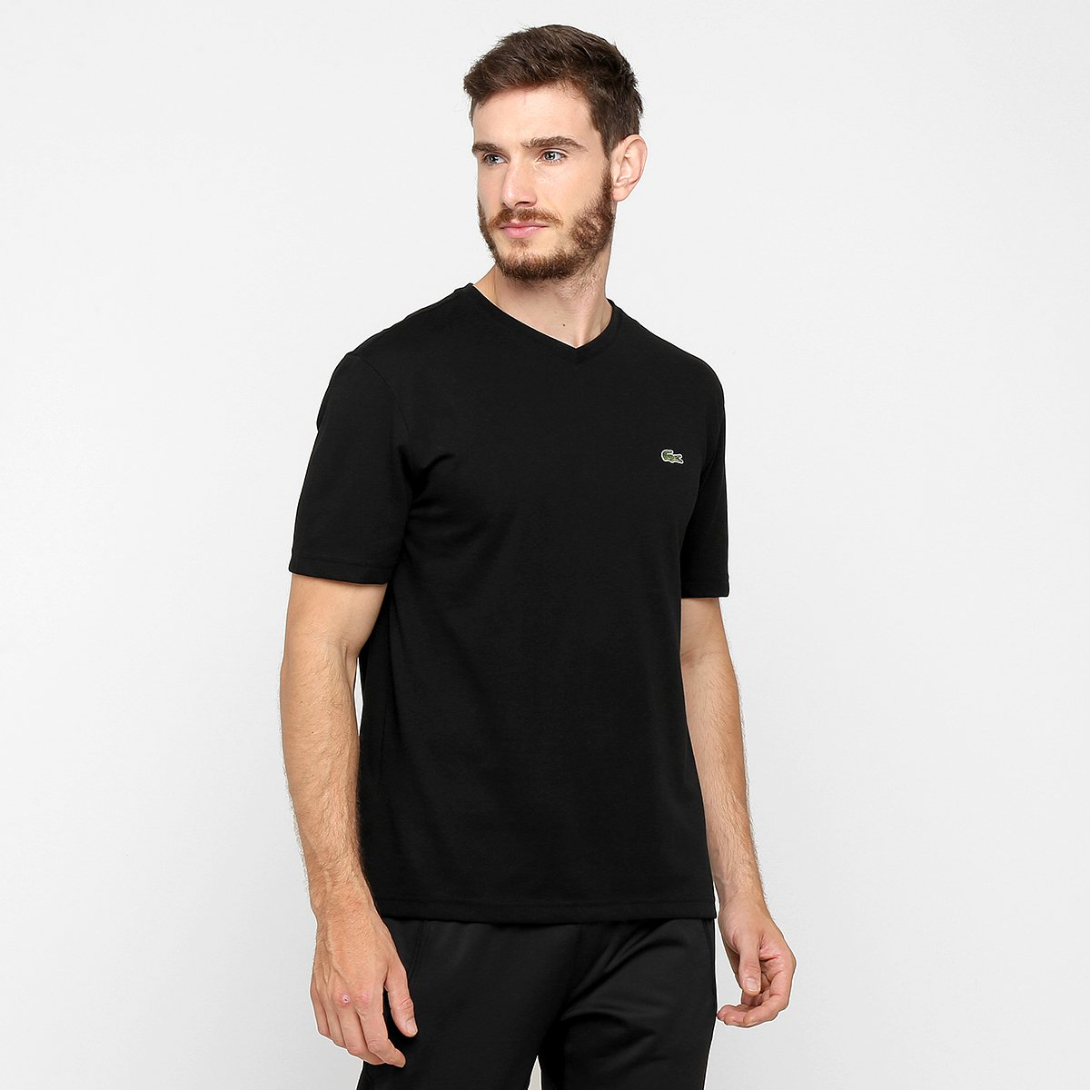 dae0a51fbb390 Camiseta Lacoste Gola V Masculina - Preto - Compre Agora