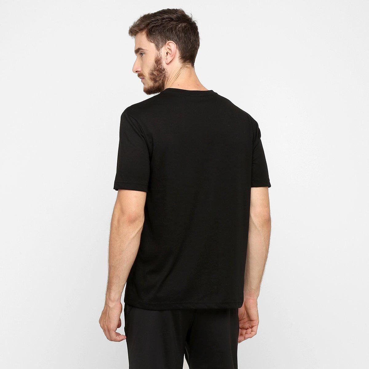 0fb2efc52d Camiseta Lacoste Gola V Masculina  Camiseta Lacoste Gola V Masculina ...