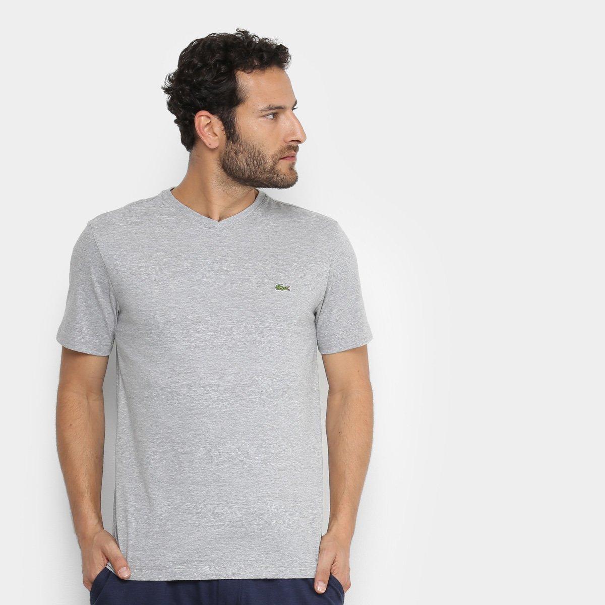 b56ff5f166a75 Camiseta Lacoste Gola V Masculina - Cinza - Compre Agora