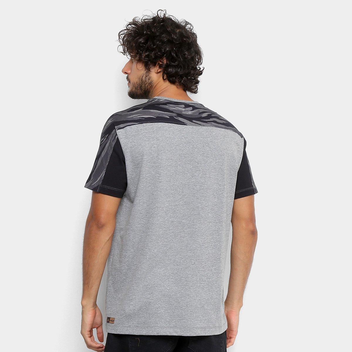 Camiseta MCD Especial Core Masculina  Camiseta MCD Especial Core Masculina  ... b4cc44a92c0