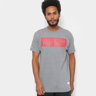 Camiseta Mitchell & Ness Estampada Box Logo Masculina
