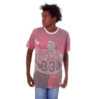 Camiseta Mitchell & Ness Estampada Pippen Chicago Bulls Vermelha Masculino