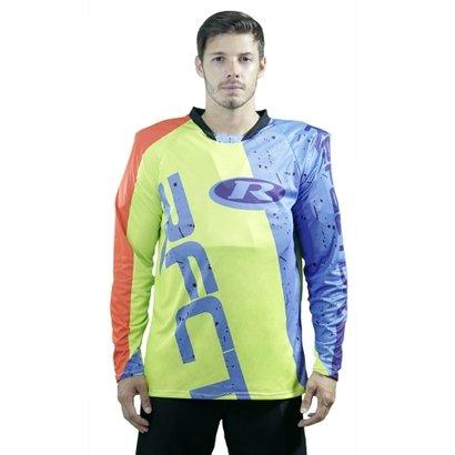 Fácil de vestir, a Camisa Solid traz uma modelagem diferenciada que garante maior suporte para suas pedaladas. Seu tecid...