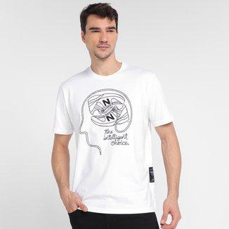 Camiseta New Balance Athletics Delorenzo Shoe Masculina