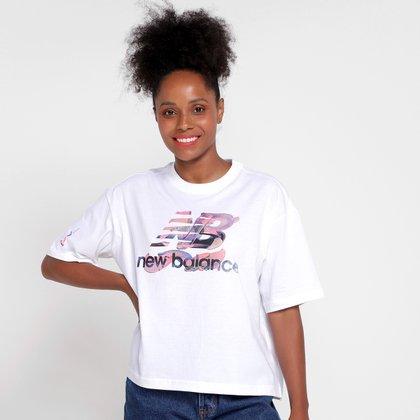 Camiseta New Balance Athletics Feminina