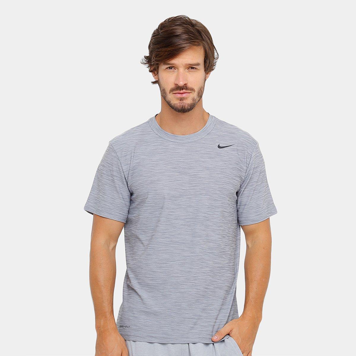 21bf1241e1 Camiseta Nike Breathe SS Dry Masculina - Prata e Preto - Compre ...