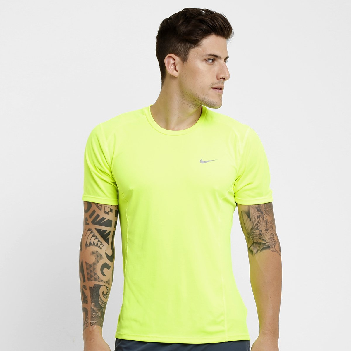 308ed5d0eb893 Camiseta Nike Dri-Fit Miler - Compre Agora