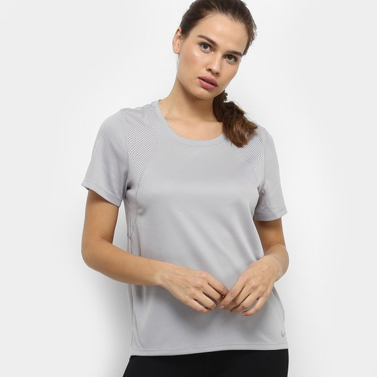 Camiseta Nike Dri-Fit Run Feminina - Cinza
