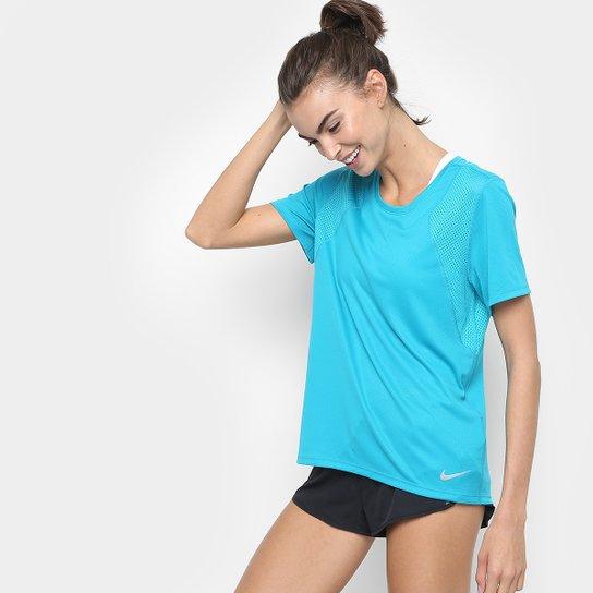 Camiseta Nike Dri-Fit Run Feminina - Azul Turquesa