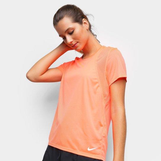 Camiseta Nike Dri-Fit Run Feminina - Rosa+prata