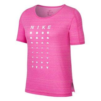 Camiseta Nike Icon Clash Better Feminina