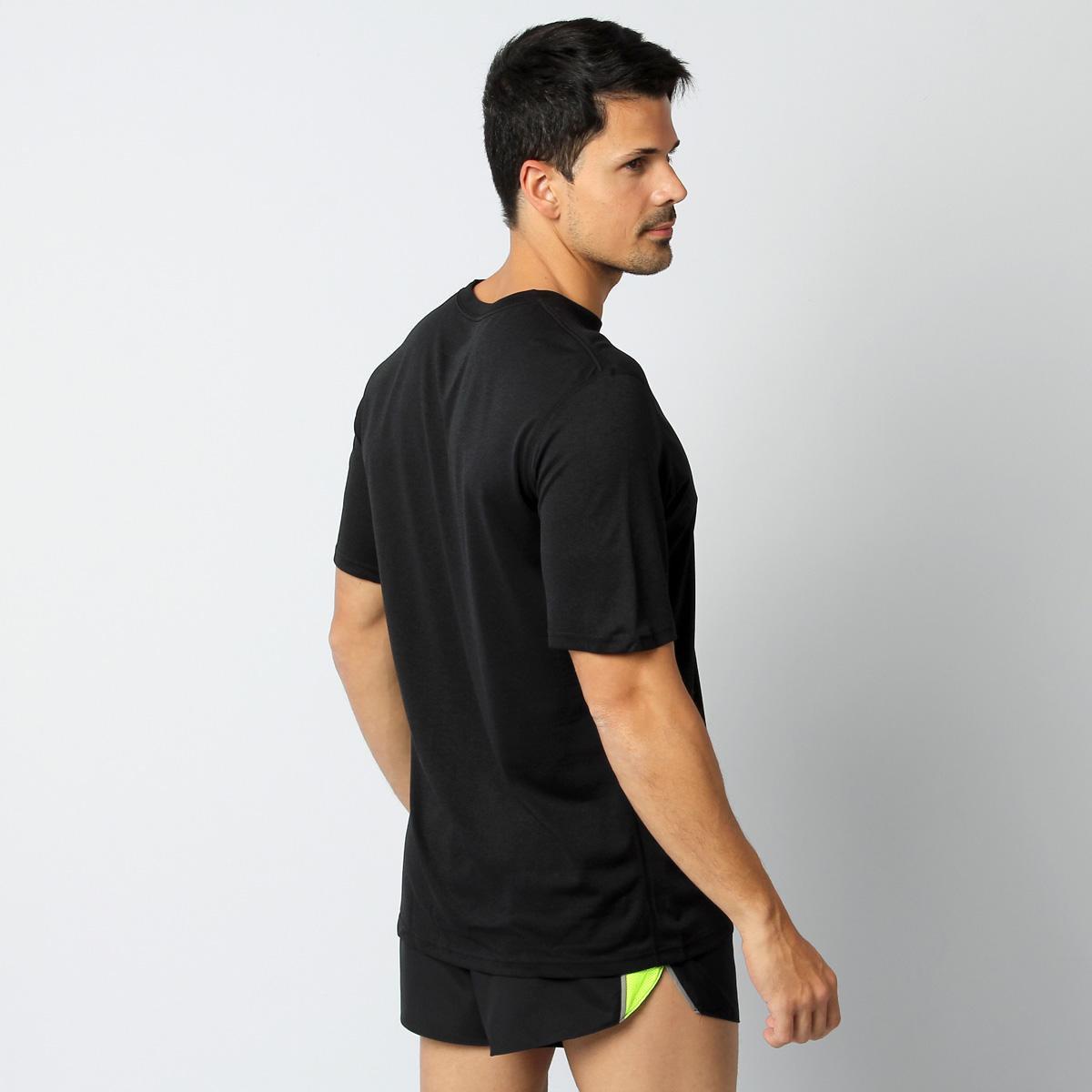 Camiseta Nike Legend  Camiseta Nike Legend ... 4f39bdb38839a