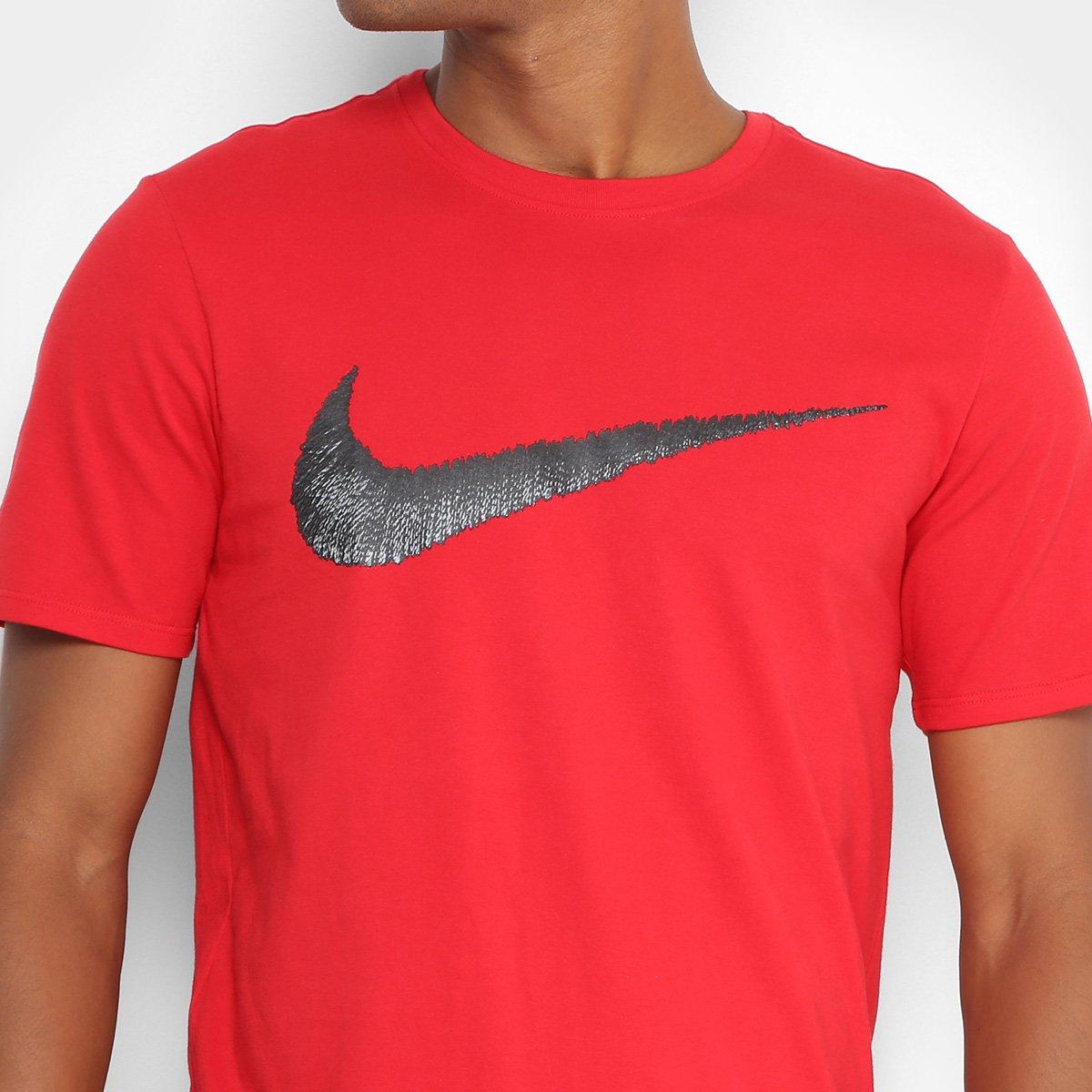 Camiseta Nike Nsw Tee Hangtag Swoosh Masculina - Vermelho e Preto ... 11e3450d9ed54
