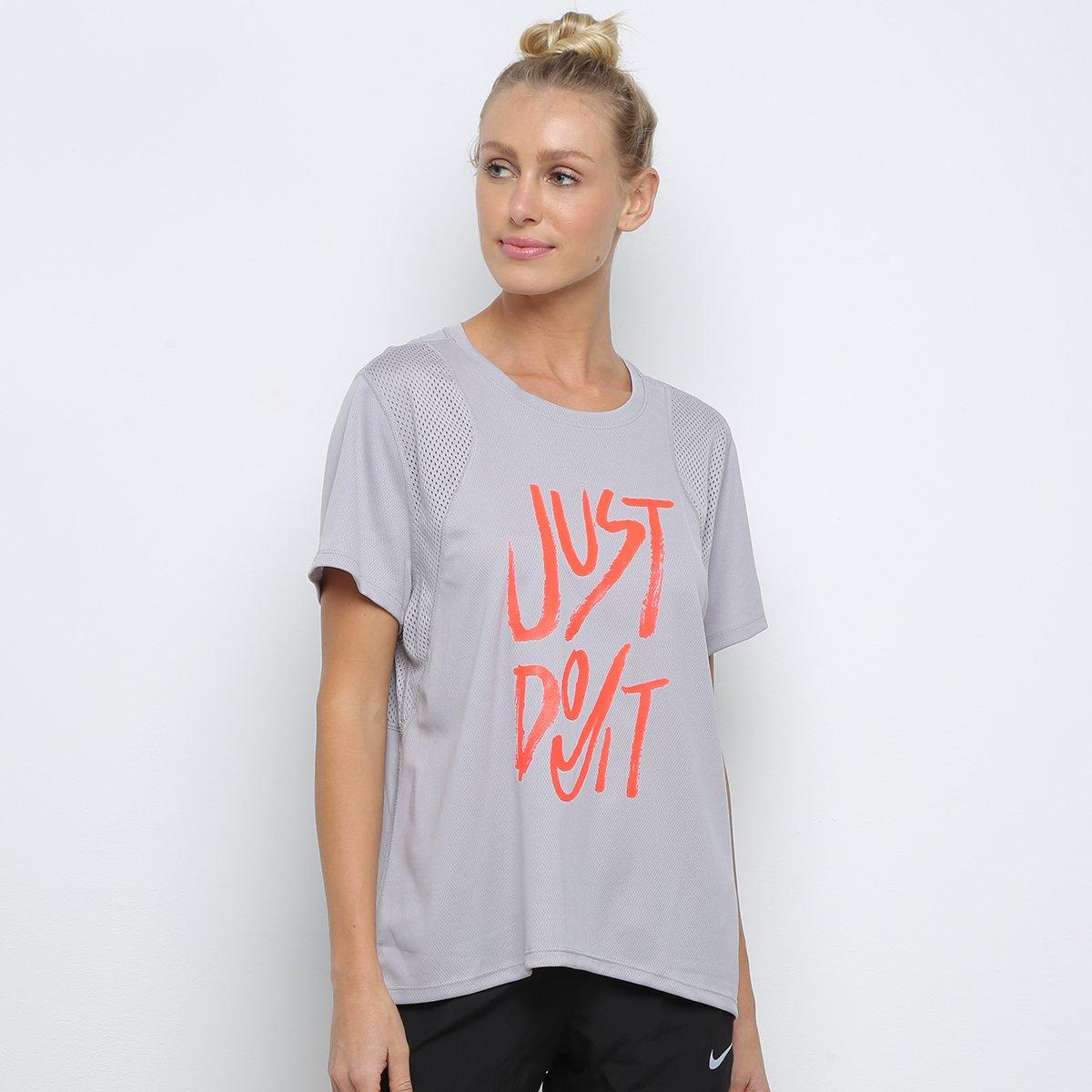 último estilo de 2019 atesorar como una mercancía rara hacer un pedido Camiseta Nike Run Top Feminina - Cinza e Laranja