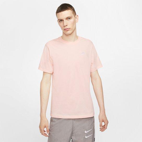 Jabón Esperanzado Policía  Camiseta Nike Sportswear Club Masculina - Coral | Netshoes