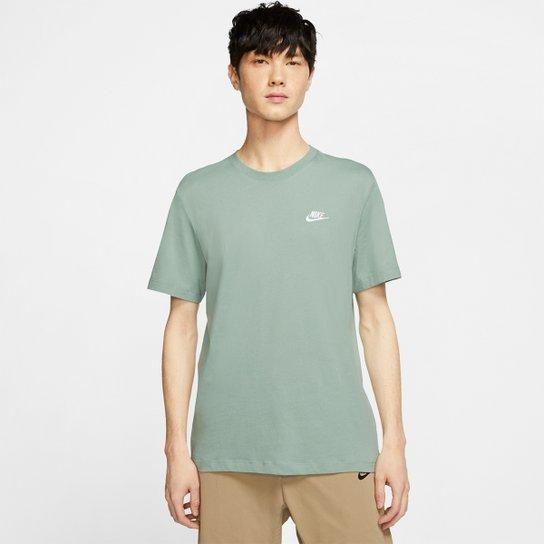 Asociar Marco Polo Naturaleza  Camiseta Nike Sportswear Club Masculina - Prata e Branco | Netshoes