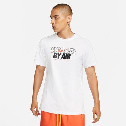 Camiseta Nike Sportswear Swoosh Masculina
