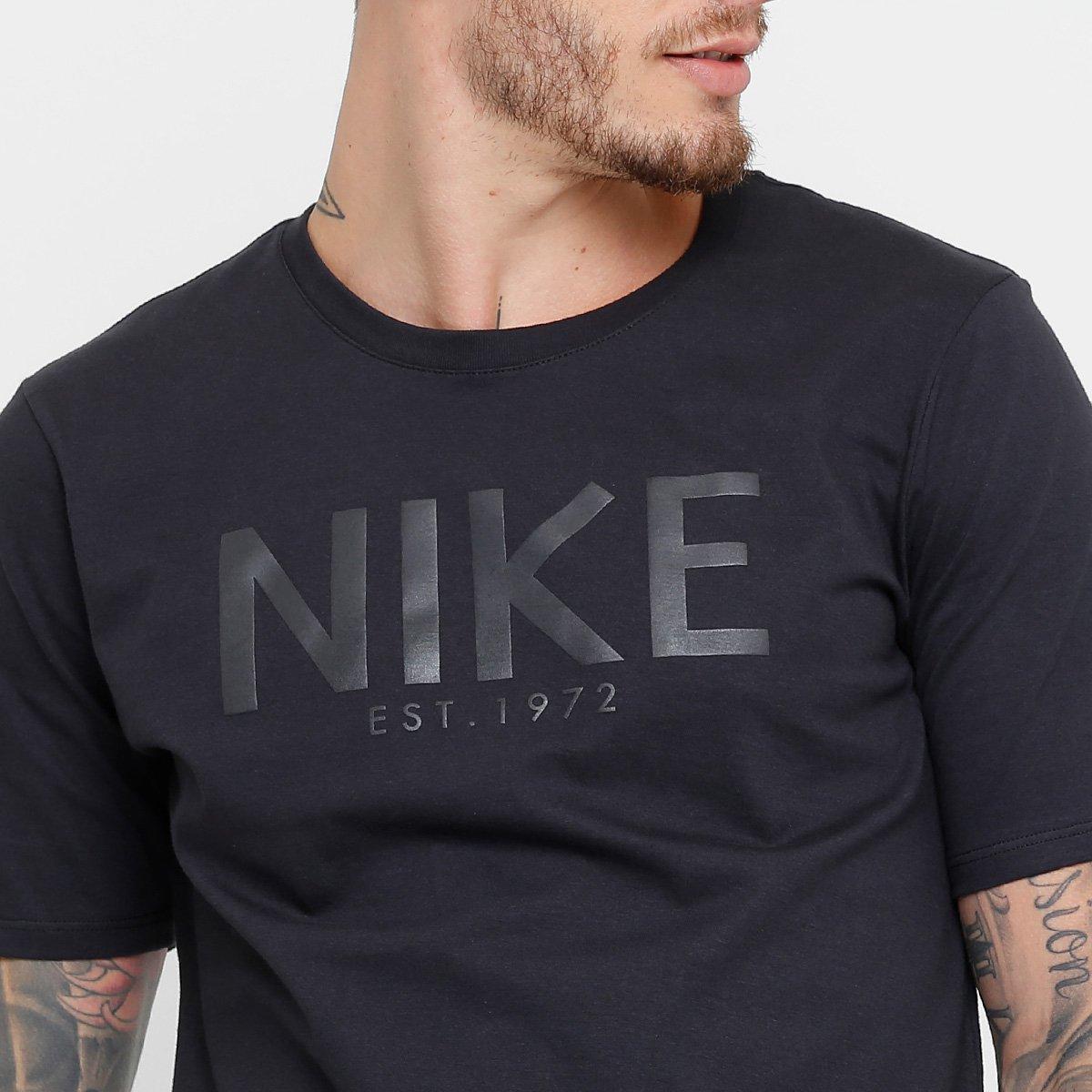 Camiseta Nike Sportswear Tee HO Art Masculina