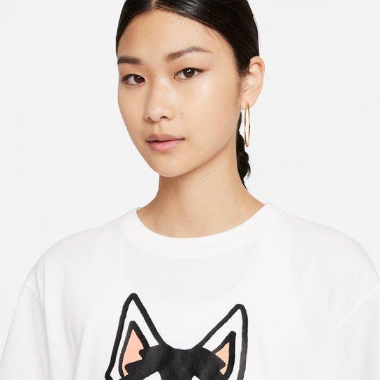 Camiseta Nike Sportwear Boyfriend Dog Hb Feminina - Branco