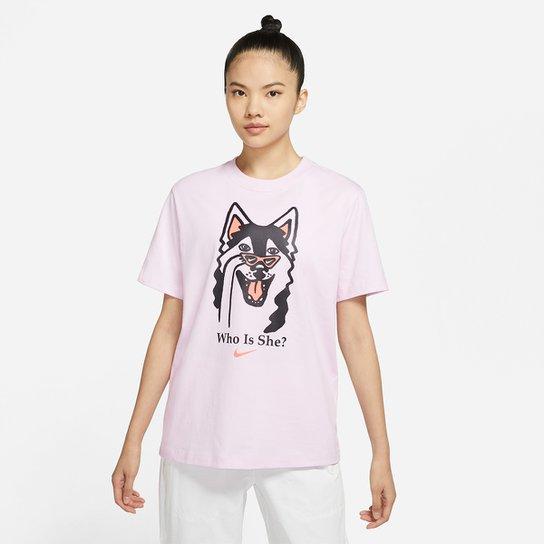 Camiseta Nike Sportwear Boyfriend Dog Hb Feminina - Rosa
