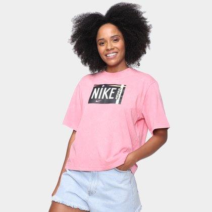 Camiseta Nike Sportwear Wash Feminina