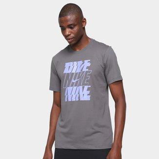 Camiseta Nike Swoosh Masculina