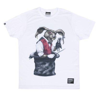 A Camiseta OkDok Juvenil Coelho na Cartola é macia, leve e confortável. Excelente de usar a qualquer momento, possui uma...