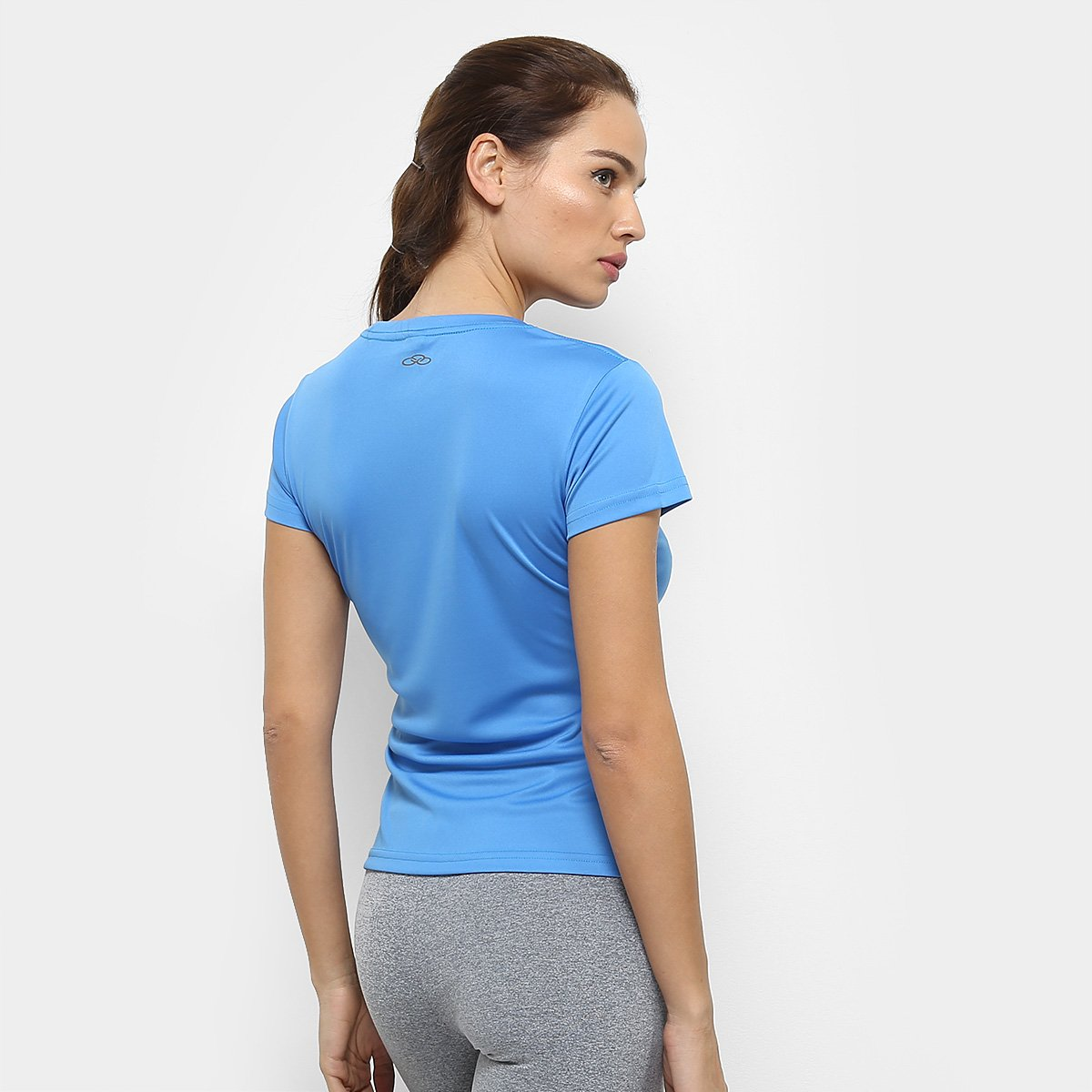 Feminina Olympikus Camiseta Olympikus Camiseta Essential Azul Olympikus Claro Azul Feminina Dry Claro Essential Action Camiseta Action Dry 1q18px