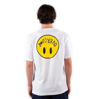 Camiseta Overcome Happy 2 Branco