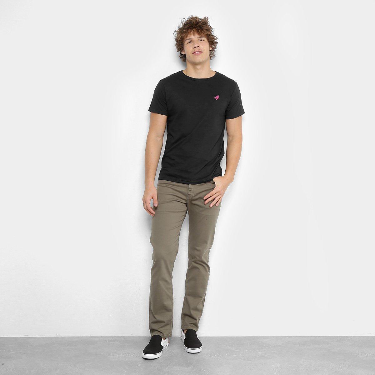 Camiseta Polo UP Gola Careca Masculina - Preto - Compre Agora  112437a40b29f
